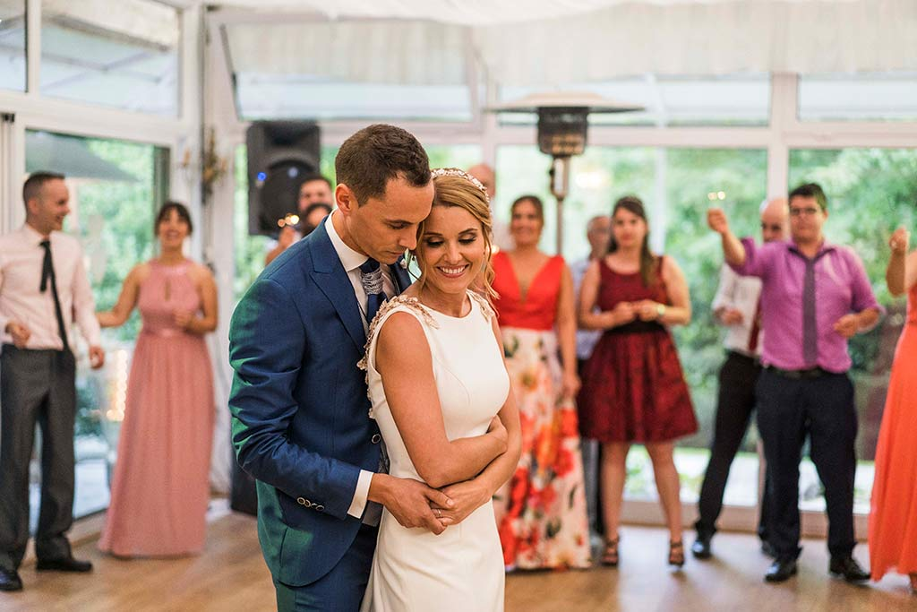 Fotógrafo de bodas Cantabria Marcos Greiz Isa Jose baile