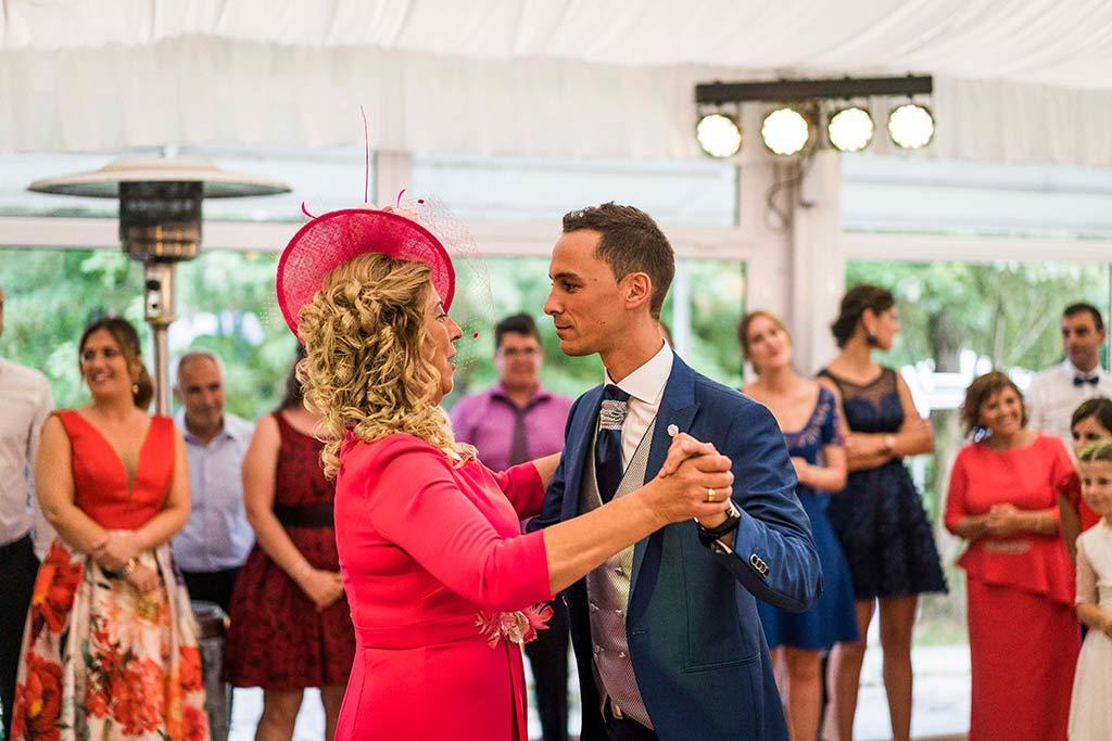 Fotógrafo de bodas Cantabria Marcos Greiz Isa Jose baile madrina