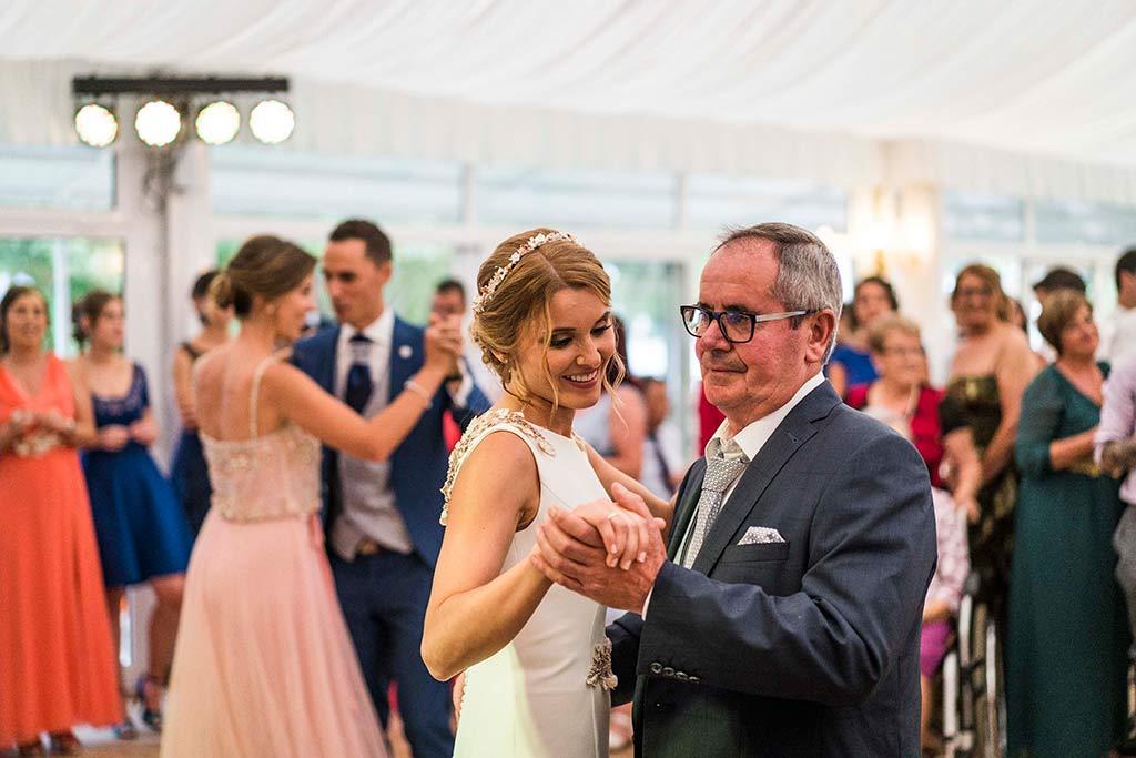 Fotógrafo de bodas Cantabria Marcos Greiz Isa Jose baile padrino