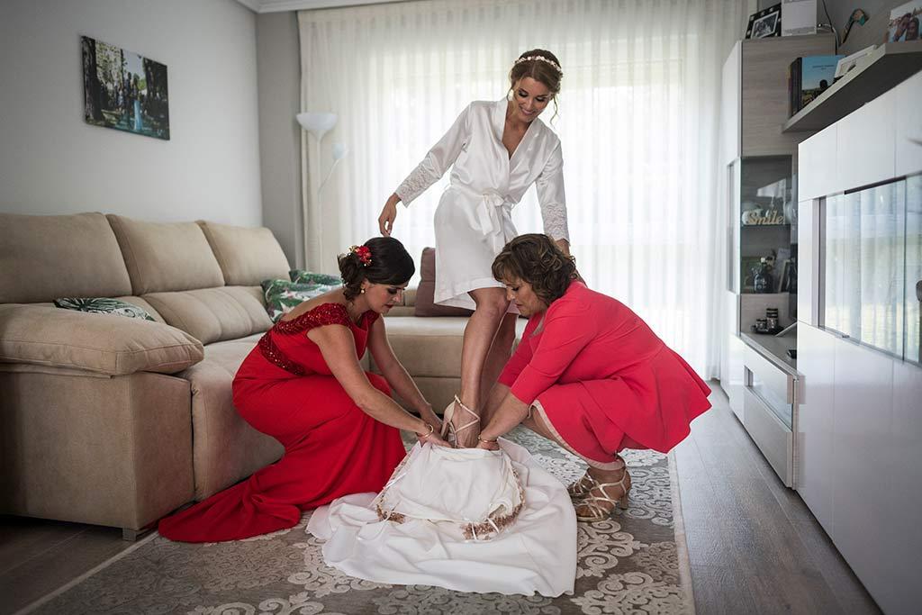 Fotógrafo de bodas Cantabria Marcos Greiz Isa Jose vestido