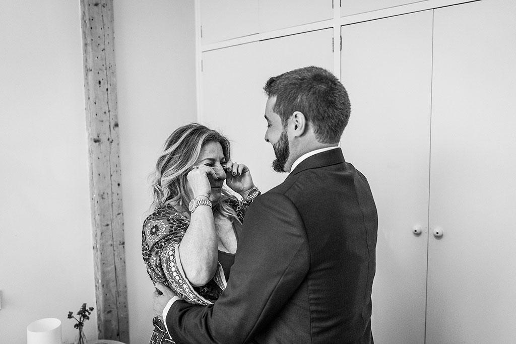 fotógrafo de bodas Cantabria Santander covid19 Marcos Greiz emocion mama