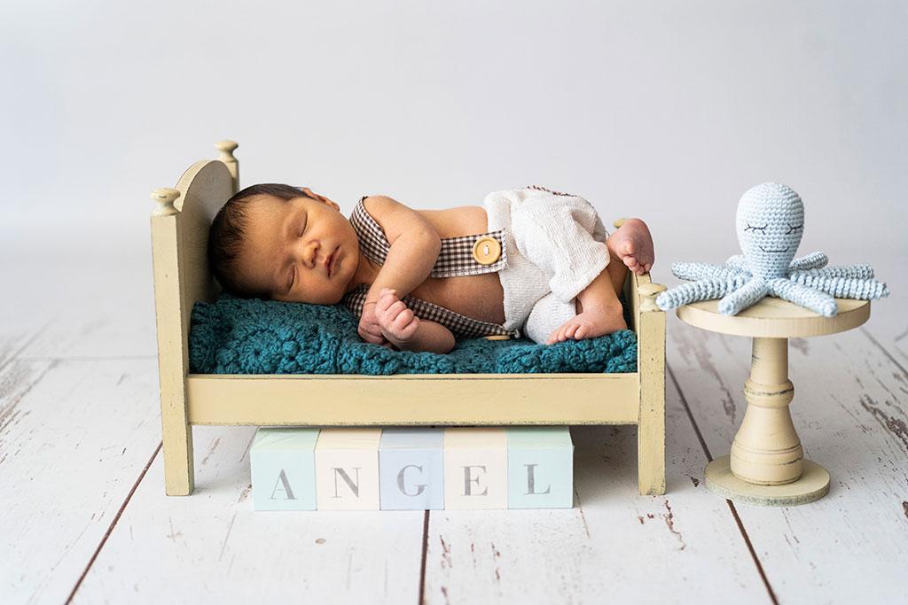fotógrafo bebes newborn recién nacido Santander cama