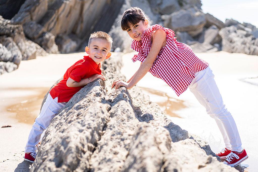 fotografía niños Cantabria Marcos Greiz arnia hermanitos