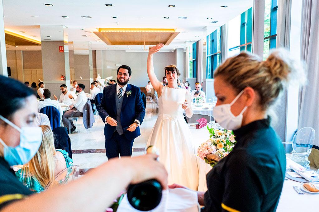 fotografo bodas cantabria marcos greiz entrada novios